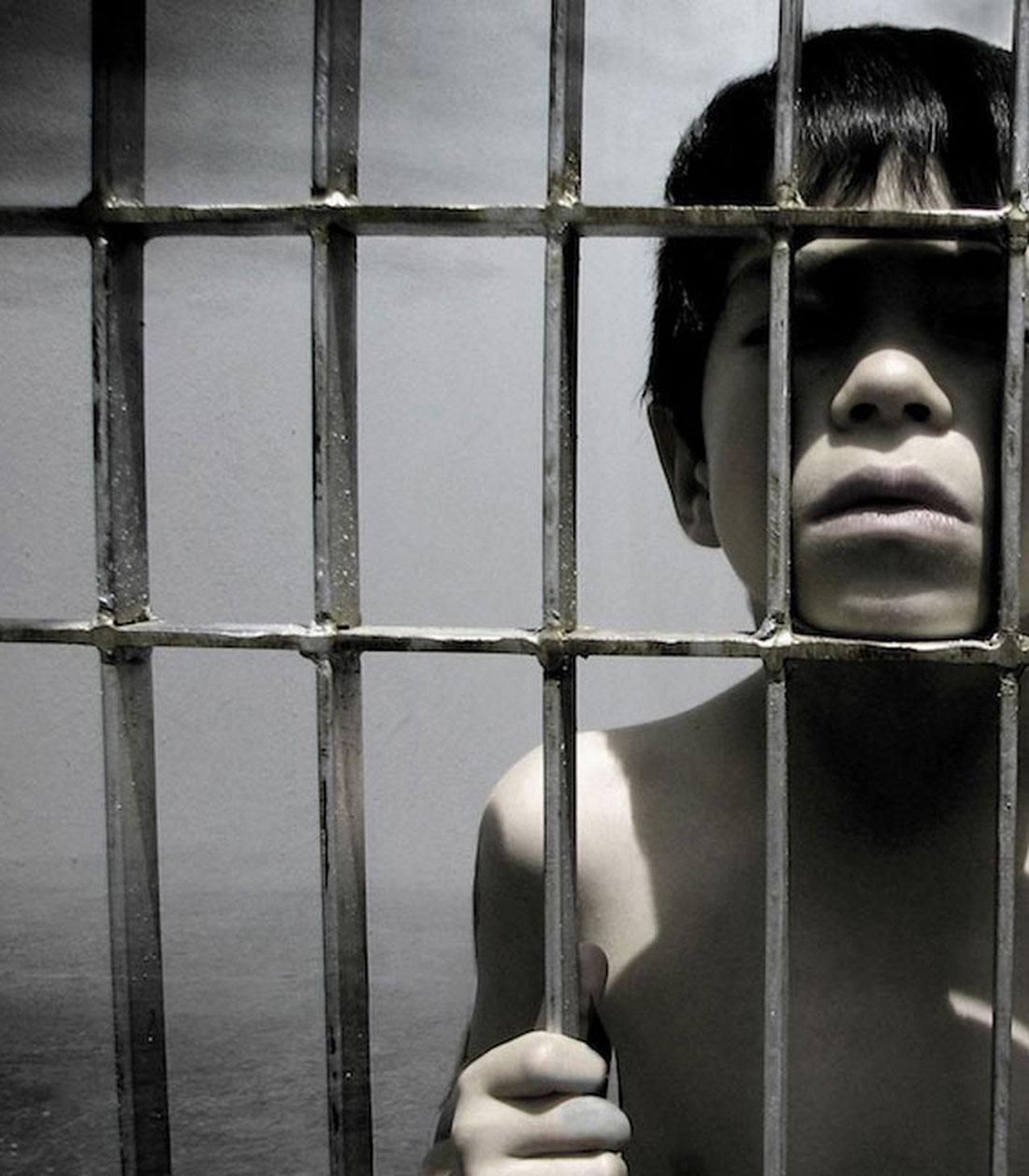 Niño en prisión