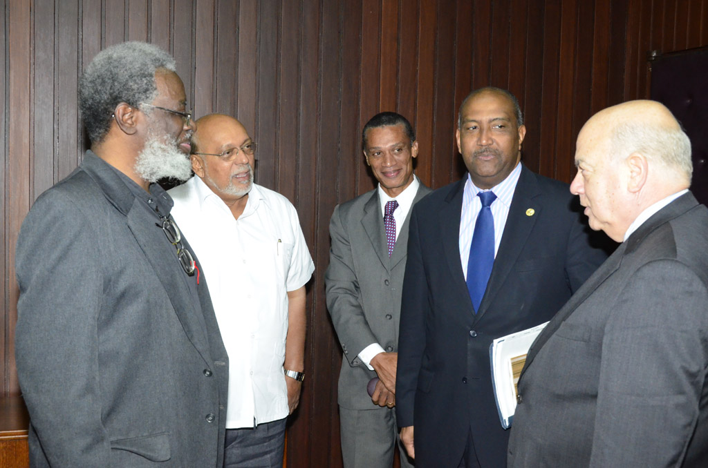 SG Meeting with President of Guyana. From left to right - Dr. R. Luncheon, Head, Presidential Secretariat, Guyana; H.E. Donald Romotar, President of Guyana;  D. Moses, Representative, OAS Guyana Office; P. Spencer, Advisor to the SG of the OAS and H.E. J. Insulza, SG of the OAS.