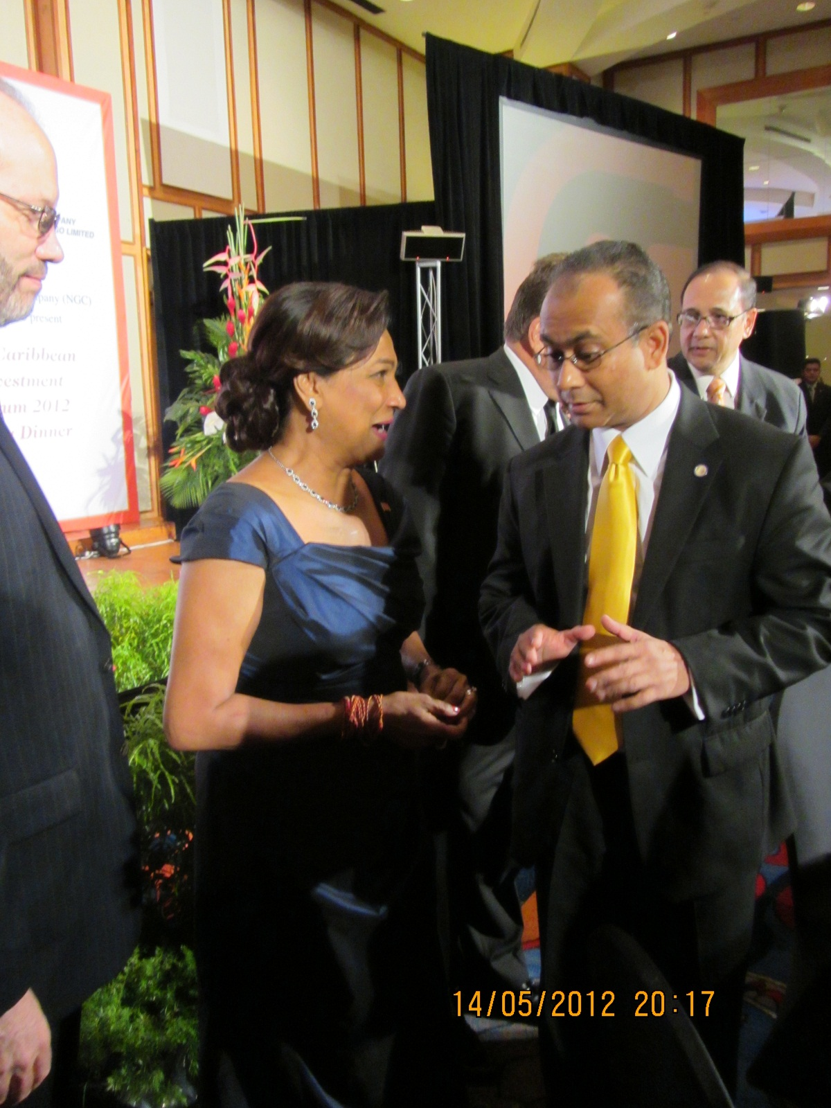 ASG Ramdin chats with Prime Minister Kamla Persad-Bissessar of Trinidad and Tobago