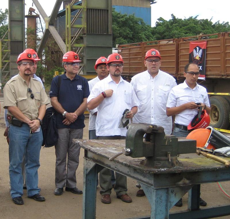 Acto de destrucción de armas presidida por el Gobierno de Venezuela, la OEA y Naciones Unidas