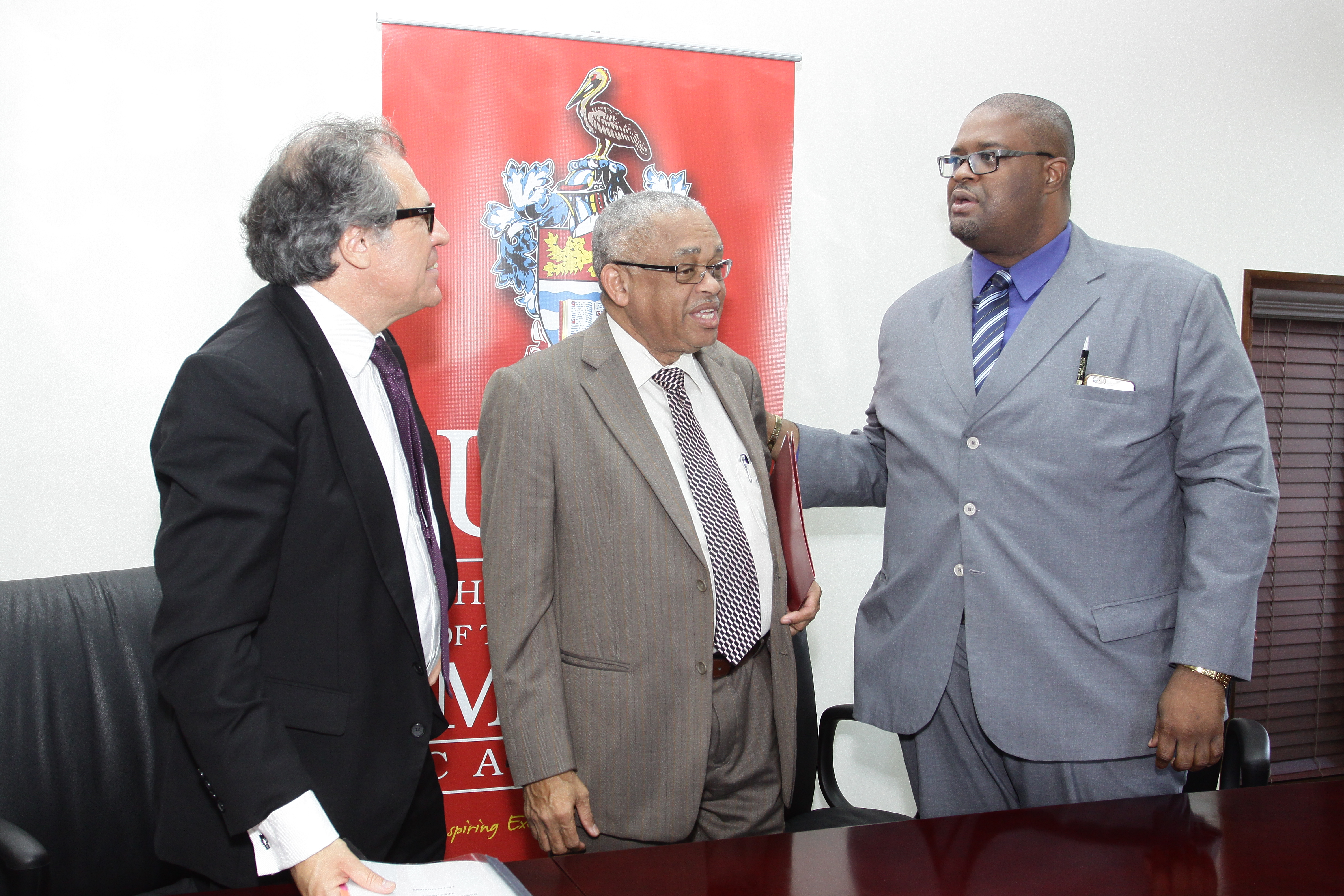 The OAS Secretary General and UWI, Mona Principal launching the OAS-UWI Partnership on Citizenship Education at the UWI Mona Campus