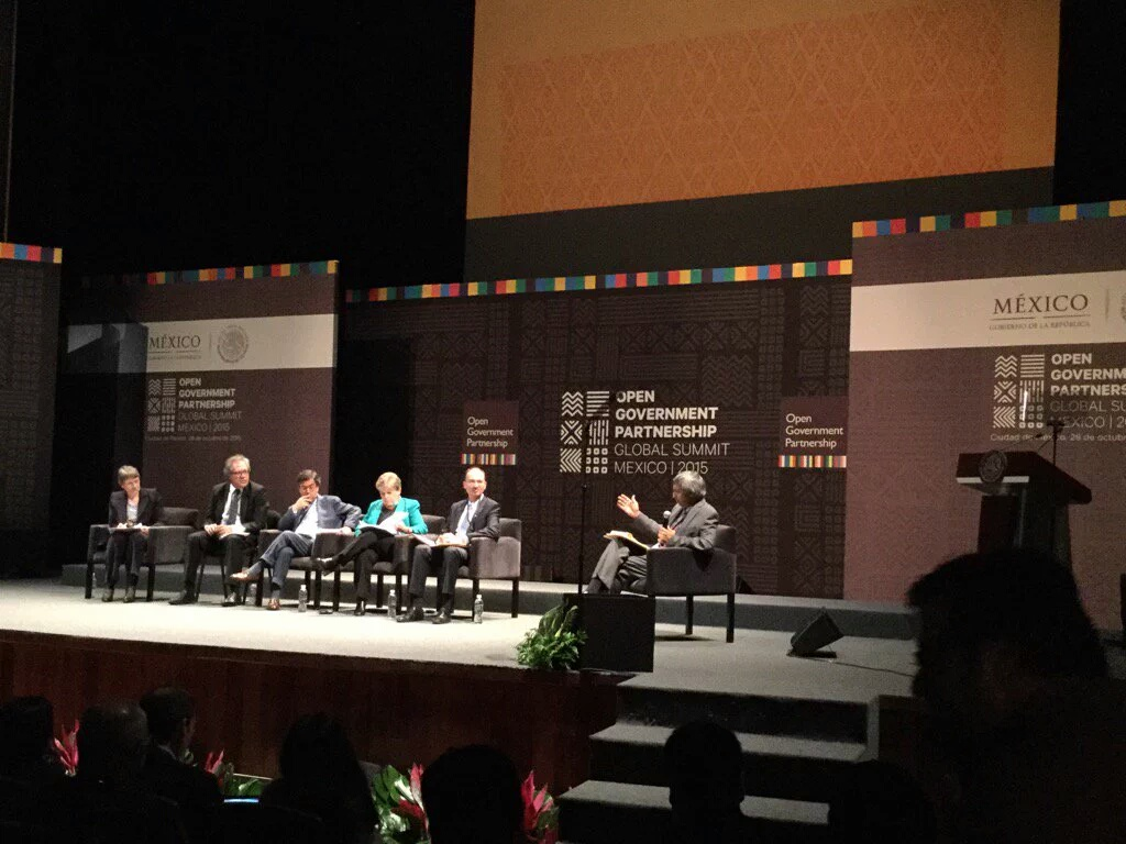 Conferencia Global de Gobierno Abierto junto con el programa Fellowships