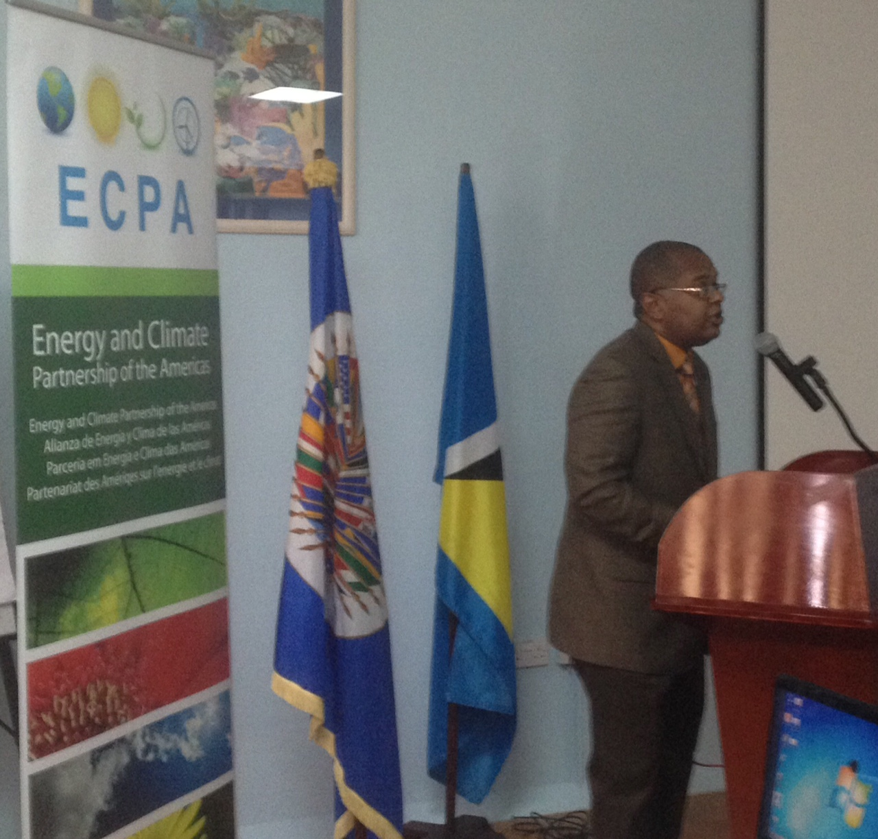 OAS supports the review of sustainable energy initiatives in the Caribbean