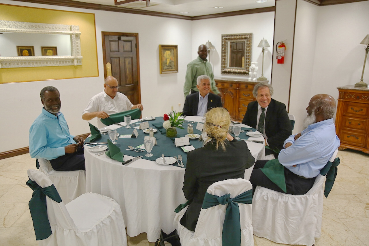OAS Secretary General Visits Belize for Talks with High Government Authorities