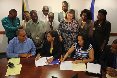 "Representative van GlaanenWeygel  participates  in ""JAMAICAN BAMBOO SECTOR GETS US$130,000 INJECTION—GOJ, OAS SIGNING CEREMONY""