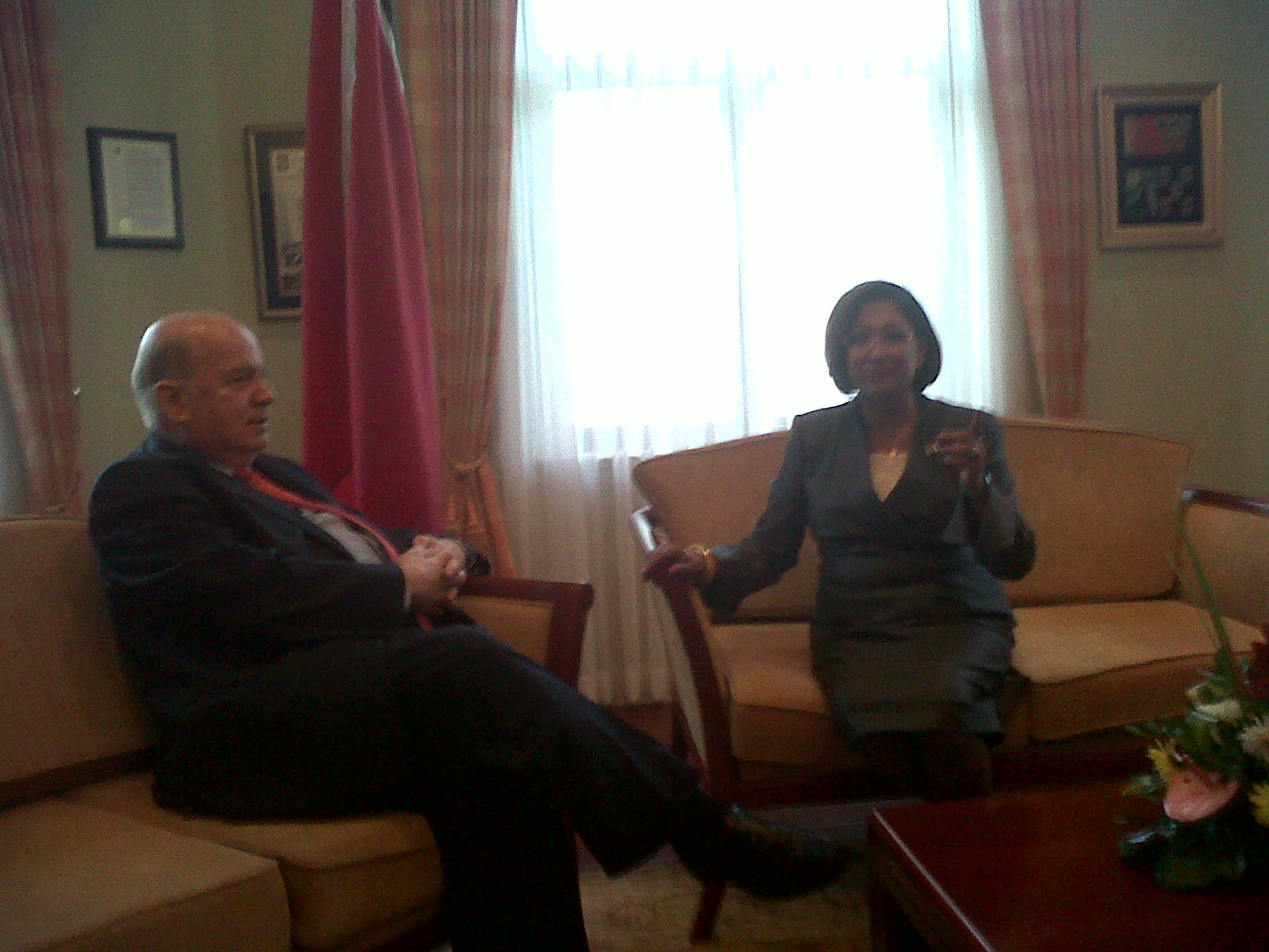 OAS Secretary General, H.E. Jose Miguel Insulza, pays a courtesy call on the Prime Minister of Trinidad and Tobago, the Honourable Kamla Persad-Bissessar, during his visit to Trinida and Tobago to inaugurate MISPA III.