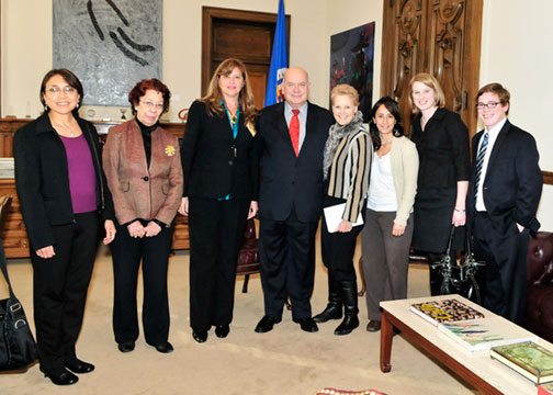 OAS Secretary General Hosts Mediators from the Institute for Inclusive Security