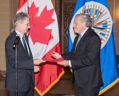 Nuevo Embajador de Canadá  presenta credenciales