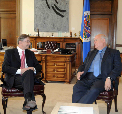 OAS Secretary General Meets with Director of the Latin America Department of the Russian Ministry of Foreign Affairs