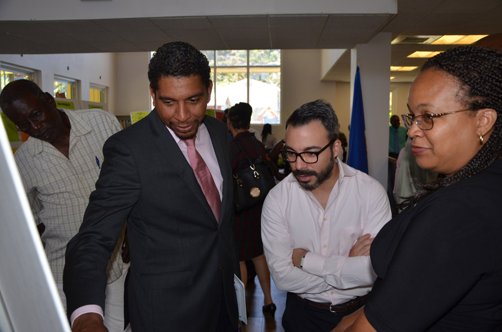 L-R: Hon. Camillo Gonsalves, Minister of Foreign Affairs, Foreign Trade, Commerce and Information Technology, Elias Villalba, Charge d'Affaires, Venezuela and Melene Glynn, OAS Representative, at Inter-American Exhibit 2014