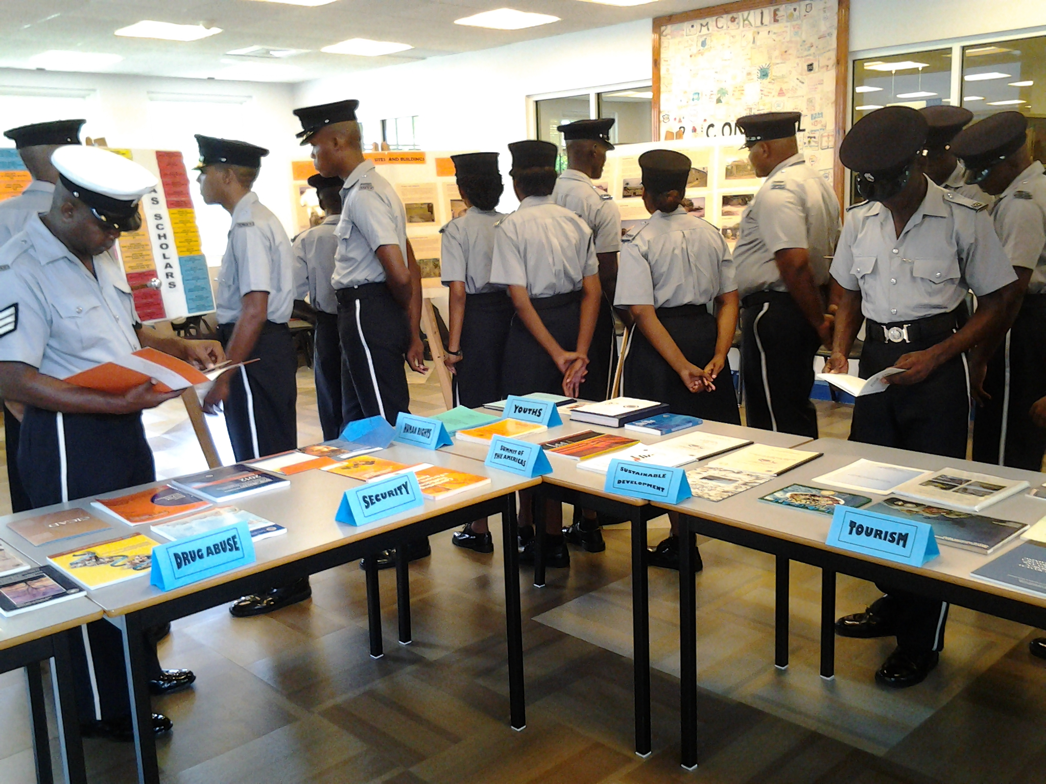 Recruits from the Police Training School visit the Inter-American Exhibit 2013