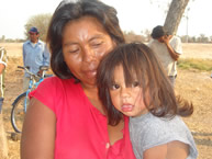 A mother and daughter from the Xákmok Kásek community, following a meeting with the IACHR on September 3, 2007.